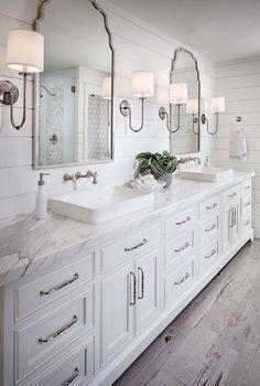 40 Farmhouse Rustic Master Bathroom Remodel Ideas