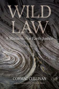 자연의 권리 | 208 페이지 | 자연의 권리를 다루고 있는 책이다. 정치, 법학, 양자물리, 인류의 오래된 지혜가 섞여 있다. <자연의 권리>는 사회와 환경정의, 자연의 다양성과 문화의 다양성, 야생 동식물의 권리를 파괴하지 않고 함께 살아갈 수 있는 방법을 제안한다.