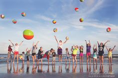 fun group photo idea at the beach. leah cook galveston texas beach photography