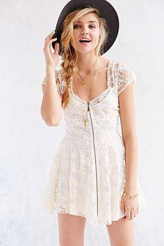 Kimchi Blue Elsa Lace Zip-Front Dress - Homecoming Dress 2014