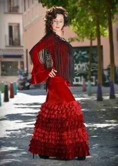 vestidos de encaje y terciopelo rojo flamenco - Pesquisa Google