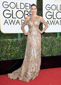 Sofia Vergara, com vestido de Transparência Bordada, Zuhair Murad, no Globo de Ouro 2017
