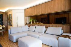Parede revestida com MDF Couch, Furniture, Home Decor, Woodworking, Wall, Settee, Decoration Home, Sofa, Room Decor