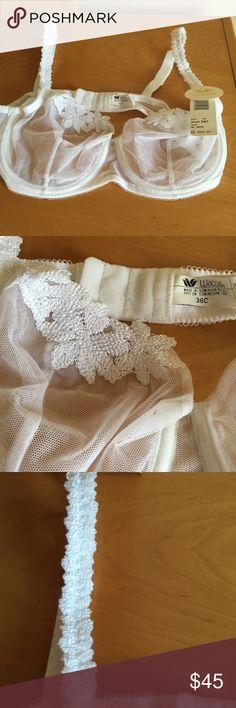 Wacoal white underwire mesh lace bra New with tags . 100% nylon . ❌Price firm Wacoal Intimates & Sleepwear Bras