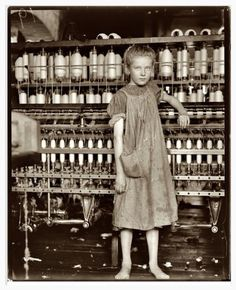 Addie Card, 12 year old spinner, cotton mill Vermont. Lewis Hines documentation of child labor in the U. before WWII, had a lot to do with changes to child labor laws. Lewis Wickes Hine, Foto Magazine, Primary And Secondary Sources, Fotografia Social, Look Man, Foto Art, Vintage Photographs, Human Rights, Women's Rights