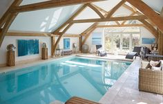 Swimming Pool House, Swimming Pool Designs, Indoor Swimming Pools, Interior Design Inspiration, Architecture Design, Homes, Spaces, Classic, Outdoor Decor