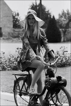 Birgitte Bardot - Velo Solex I think.  #www.motorcyclefederation.com