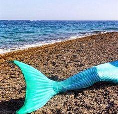 %100 orijinal yüzülebilir denizkızı kuyrukları sizi bambaşka bir dünyanın bir parçası olmaya davet ediyor! Siz de kendi Denizkızı Akademinizi kurmak istiyorsanız info@magictail.com.tr ye mail atın!