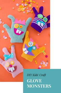 Give Your Lonely Gloves a New Lease on Life Sock Crafts, Cute Crafts, Diy Crafts For Kids, Monster Gloves, Monster Toys, Sock Monster, Glove Puppets, Ugly Dolls, Sock Toys
