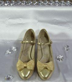 Mary Janes, Flats, Model, Shoes, Fashion, Loafers & Slip Ons, Moda, Shoe