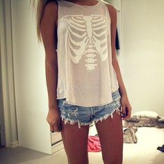 4isv65-l-610x610-t-shirt-rib-bone-rib-bones-rib-ribs-shirt-tumblr-hipster-shorts-tank-top-top-skull-skeleton-beige-cream-grey-white-girl-blo...