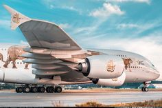 Emirates signs additional agreement for up to 36 Airbus Airbus A380, Aviation Industry, Aviation News, Dubai, Emirates Airline, United Arab Emirates, Flight Attendant, Transportation, Aircraft