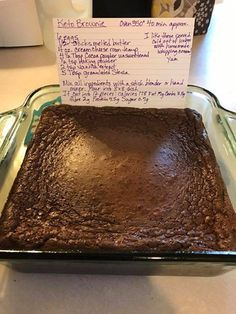 Keto brownie. 2/10 Baked for 35 minutes. Separated into an egg layer and chocolate layer. Weird.