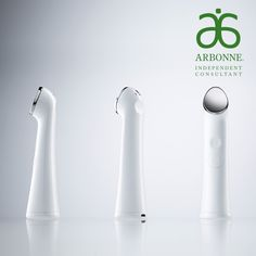 This device gently warms at the tip while massaging product onto the outer layers of the skin. With just one addition to your daily regimen, you can experience enhanced results from your favourite products and uncover amazing, renewed skin. For use on the face and neck where topical skincare products can be applied.
