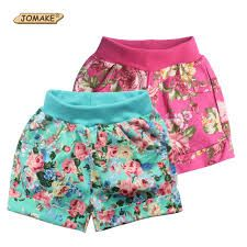 Cheap girls shorts, Buy Quality girl shorts summer directly from China baby girl shorts Suppliers: Floral Pattern Baby Girls Shorts Summer Style Kids Short Pants Children Cuffed Leg Bottoms Trousers Toddler Girl Clothing Boys And Girls Clothes, Toddler Girl Outfits, Cute Baby Clothes, Toddler Boys, Short Infantil, Short Niña, Short Sleeve Hoodie, Printed Denim, Ruffle Shorts