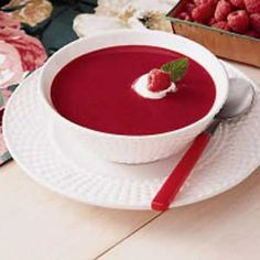 Cool Raspberry Soup from Taste of Home Fruit Recipes, Summer Recipes, Soup Recipes, Cooking Recipes, Recipies, Cauliflower Cheese, Gazpacho, Bowl Of Soup, Soup And Salad