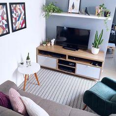 Living Room Decor Colors, Ikea Living Room, Small Room Decor, Simple Living Room, Small Living Rooms, Home And Living, Studio Apartment Decorating, Apartment Interior, Home Room Design
