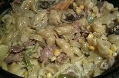 How about making this for Fathers Day. Awesome recipe for a family gathering. Make sure that the biltong is not dry, the inner must still be red and soft. It& absolutely delicious with a fusion of flavors! Braai Recipes, Oxtail Recipes, Beef Steak Recipes, Cooking Recipes, South African Dishes, South African Recipes, Kos, Beef Pasta, Biltong
