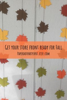 Your shop window storefront will look so cute for fall with these paper leaf garlands in autumn colors! Neon Birthday Cakes, Kids Birthday Themes, School Decorations, Room Decorations, Holiday Decorations, Thanksgiving Decorations, Food Tables, Fall Leaf Garland, Personalized Cake Toppers