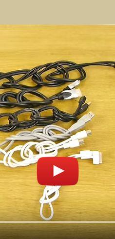 Fini les câbles emmêlés avec ce simple truc… Diy Rangement, Cable Organizer, Mini, Projects To Try, Cleaning, Simple, Ranger, Household, Internet