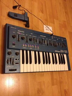 MATRIXSYNTH: Roland BLUE SH-101 Synthesizer with Mod Grip