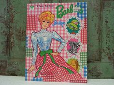 BARBIE PAPER DOLLS  Barbie's Boutique  Paper Barbie Doll
