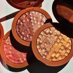 Best Blush for Dark Skin -5 Melanin Rich Blushes to Buy Right Now! Blush For Dark Skin, Dark Skin Tone, Sheer Shades, Lip Bars, Beauty Bakerie, How To Apply Blush, Melt Cosmetics, Cream Blush, Tinted Moisturizer