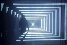 Daydream Light Installation by Nonotak Studio which seeks to establish a physical connection between the virtual space and real space