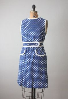 vintage mod polka dot shift. what a nice sentence
