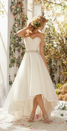 simple high-low chiffon wedding dress with brooch beaded belt