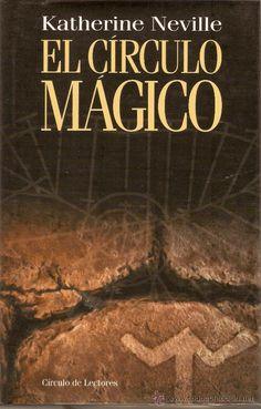 El circulo mágico (Katherine Neville; 1998). I read it in 1999.
