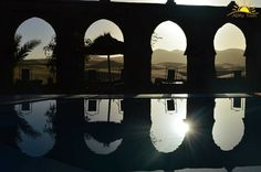 Hoy nuestros viajeros se despiden del desierto de Merzouga después de recorrer el Sur de Marruecos. Mañana nuestra ruta se dirige hacia la ciudad imperial de Fez. Descubre los encantos de Marruecos www.alimatours.com #africa #marruecos #morocco #marocco #alimatours #norteafrica #viajar #viajes #viajeros #mochileros #trip #voyage #sunset #amanecer #landscape #merzouga #desert