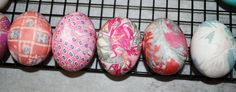 our silk tie dyed eggs :)