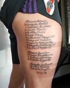 Tattoo Futbol, Escudo River Plate, Cots, Madrid, Tattoos, Tattoos For Men, Tattoo Designs, Gamer Tattoos, Tatuajes