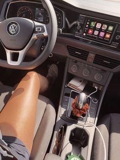 car cartoon Future car audi _ zuknftiges a - car Car Interior Decor, Car Interior Design, Car Interior Accessories, Cute Car Accessories, Interior Sketch, Maserati Ghibli, Bmw I8, Aston Martin Vanquish, Toyota