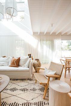 Boho Living Room, Home And Living, Living Room Decor, Living Spaces, Home And Family, Dining Room, Barn Living, Small Living, Ikea Deco