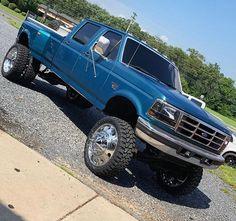 Big Ford Trucks, Chevy Diesel Trucks, Classic Ford Trucks, Mini Trucks, Ford Trucks For Sale, Ford Diesel, Lowered Trucks, Dually Trucks, Jeep 4x4