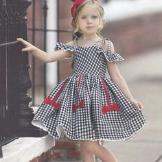 Kids Girls' Active Cute Houndstooth Jacquard Backless Bow Pleated Short Sleeve Knee-length Cotton Dress Black / Lace up 2019 - € Baby Girl Dresses, Baby Dress, The Dress, Dress Girl, Little Girl Fashion, Fashion Kids, Latest Fashion, Fashion Outfits, Girls Dresses Online