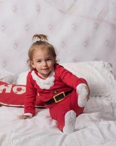 christmas-mini-session-dublin-family-fun-newborn-child-photography-2 Christmas Tree Farm, Christmas Minis, Christmas Mini Sessions, Children Photography, Dublin, Fun, Kids, Clothes, Young Children