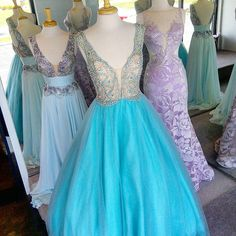 Perfect colors for #Spring! Shop #Prom2016 for #ballgowns #cutouts #sequingowns #mermaiddresses and tons more by #sherrihill #macduggal #jovani #johnathankayne #ashleylauren #splash...BridalElegance.us.com Mermaid Dresses, Prom Dresses, Formal Dresses, Bridal Elegance, Prom 2016, Sequin Gown, Mac Duggal, Ball Gowns, Elegant