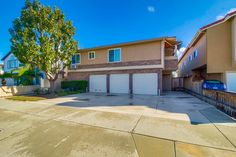 4367 Idaho St 2  2, San Diego, CA 92104. 2 bed, 2 bath, $339,000. Fabulous updated 2BR...