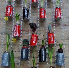 JARDÍN VERTICAL usando latas