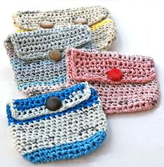 Turning plastic bags into coin purses - re-purposing Boston Globe bags - Plarn (plastic yarn) by Marta Harvey