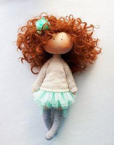 Игрушки, которые я шью сама. Cute Crochet, Crochet Dolls, Fabric Dolls, Paper Dolls, Organic Baby Toys, Felt Crafts Patterns, Sewing Dolls, Knitting For Kids, Soft Dolls