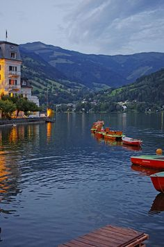 Zell am See - Austria Beautiful Places To Travel, Wonderful Places, Great Places, Oh The Places You'll Go, Places To Visit, Zell Am See, Heart Of Europe, Travel Themes, Luxury Travel