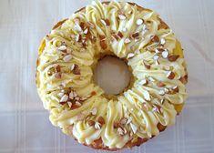 La rosca de reyes es una comida típica del 6 de enero, fecha en la cual los reyes magos de oriente visitaron a Jesús tras su nacimiento y le llevaron 3 regalos: mirra, incienso y oro. Como dato c... Healthy Juice Recipes, Healthy Juices, Pan Dulce, Gluten Free Treats, Sin Gluten, Yummy Cakes, Delicious Desserts, Catering, Delish