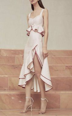 LOVE the skirt part of the dress!!!