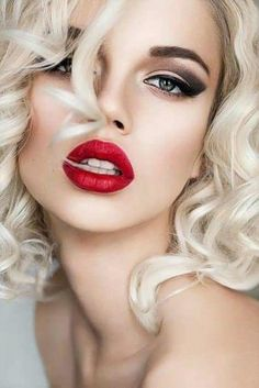 The Fantastic Pack of Makeup Tips for Blondes - My Makeup Ideas The Fantastic P. - The Fantastic Pack of Makeup Tips for Blondes – My Makeup Ideas The Fantastic Pack of Makeup Tip - Beauty Makeup, Eye Makeup, Hair Makeup, Hair Beauty, Witch Makeup, Clown Makeup, Scary Makeup, Blonde Beauty, Glam Makeup
