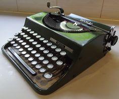 Writing Machine, Typewriters, Olive Green, Vintage Typewriters, Writing, Typewriter