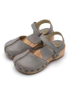 Foto - Google Fotos #ClogsShoesFashion